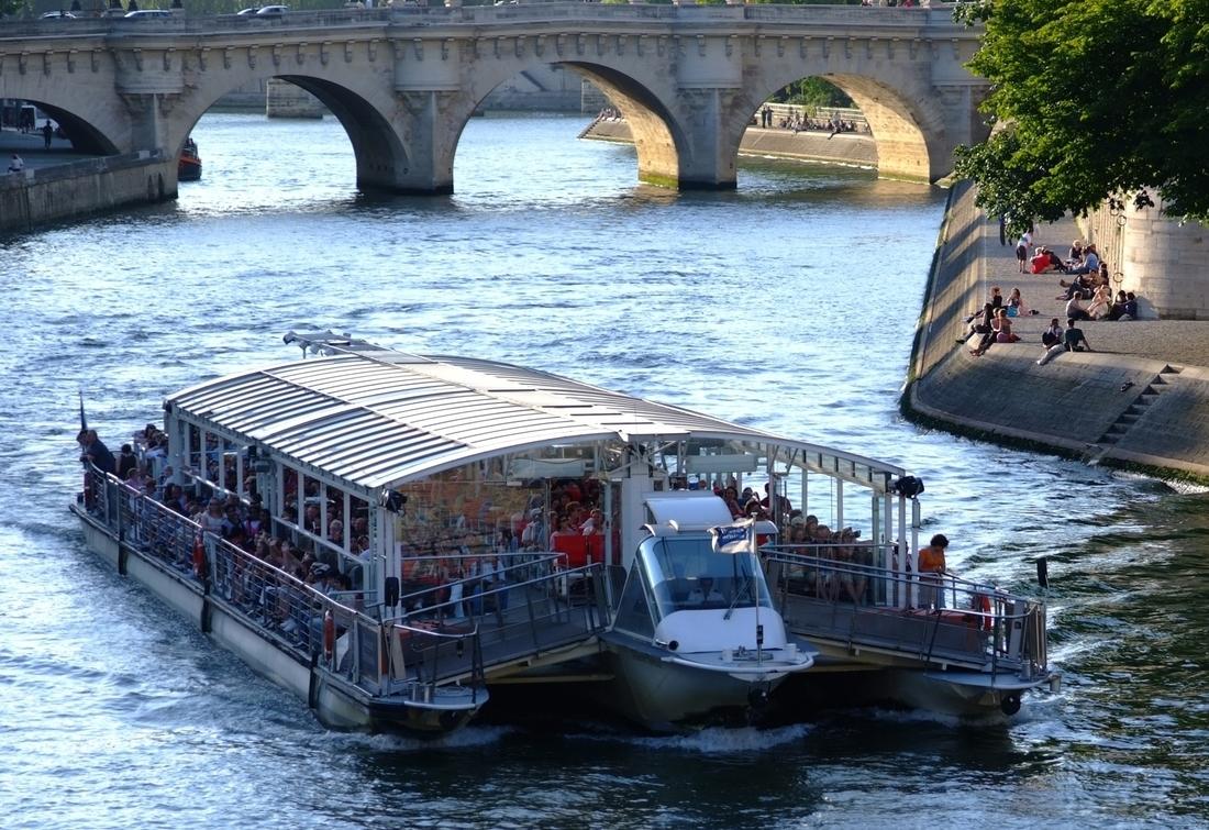 Paris_Seinerundfahrt6