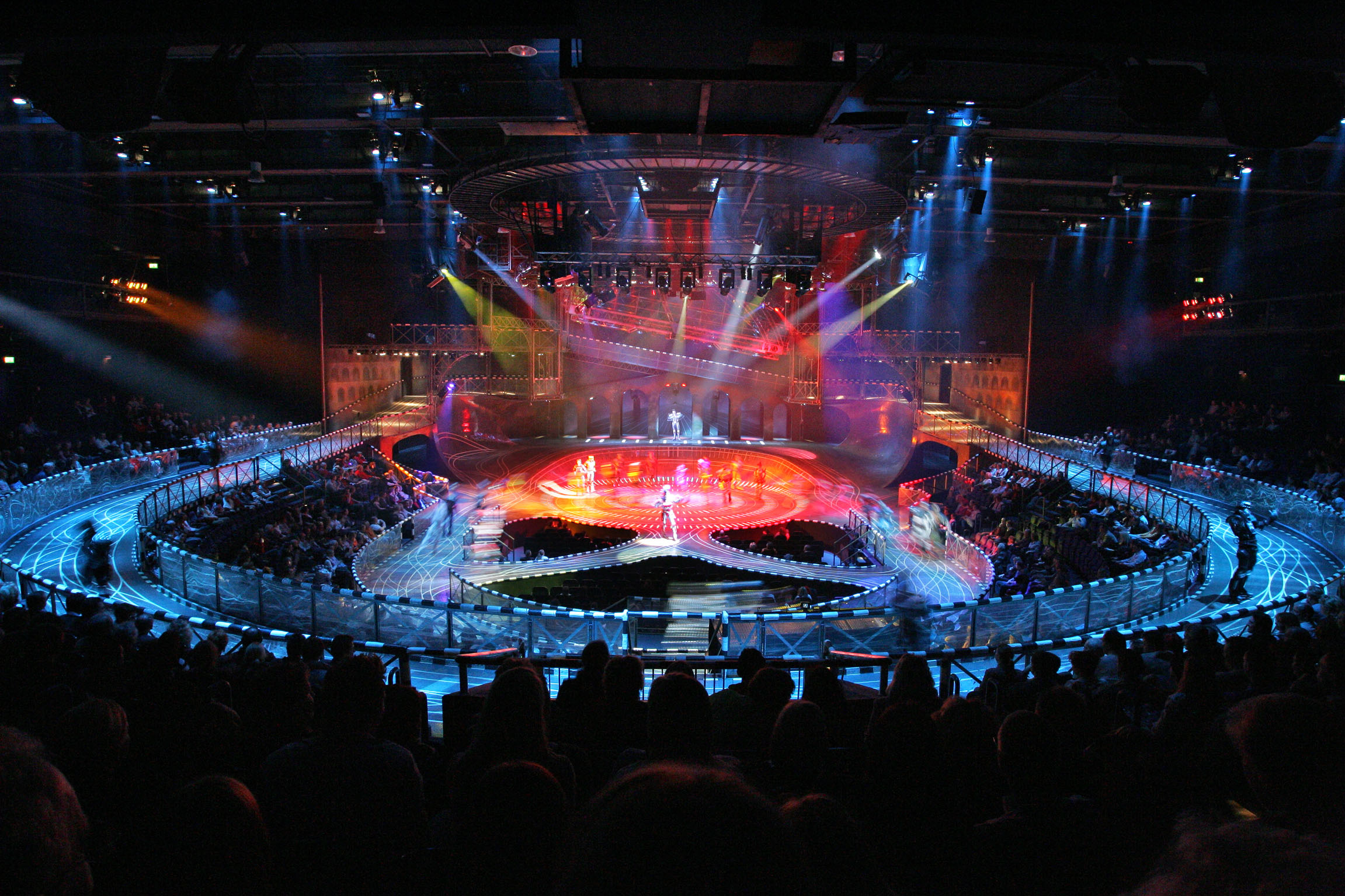 Bochum_2009_Starlight-Express-Theater-2