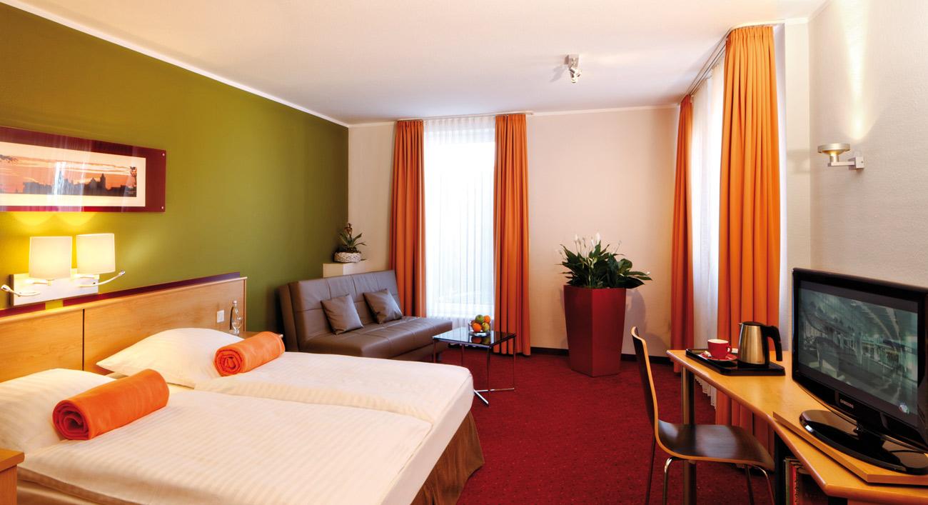 gruppenreisen leonardo hotel n rnberg inkl hotel jetzt online buchen deutsche bahn. Black Bedroom Furniture Sets. Home Design Ideas